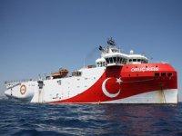 Oruç Reis sismik araştırma gemisi, Doğu Akdeniz'de çalışmalarına devam ediyor