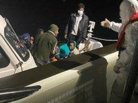 Çeşme'de 33 düzensiz göçmeni Sahil Güvenlik ekipleri kurtardı