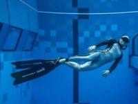 Dünyanın en derin yüzme havuzu Polonya'da yapıldı