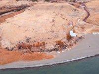 Van Gölü'nde 2 bin 750 yıllık liman ortaya çıktı