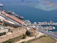KKTC limanlarına yılın ilk 9 ayında 2 bin 129 adet gemi giriş-çıkış yaptı