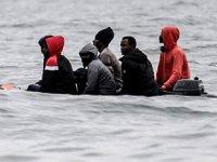Fransa, göç akışını durdurmak için devriyeleri iki katına çıkartıyor