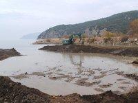 Eğirdir Gölü'nde dip çamuru temizliği yapıldı