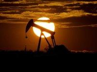 OPEC gelecek yıl ocak ayı için günlük petrol üretimini 500 bin varil artırma kararı aldı