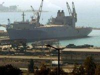 Mısır'da olumsuz hava şartları nedeniyle 2 limanda faaliyetler durdu
