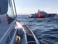 Ayvacık'ta 55 düzensiz göçmen kurtarıldı