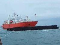 Kablo döşeme gemisi ile granit yüklü mavna çatıştı