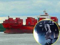 M/V Mozart isimli konteyner gemisine yapılan korsan saldırısının görüntüleri ortaya çıktı