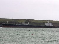 SAHRA isimli İran petrol tankeri, Süveyş Kanalı'nda karaya oturdu
