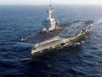 Fransız uçak gemisi Charles de Gaulle, Basra Körfezi'ne gidiyor
