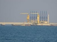 Türkiye'den boru hatlarıyla geçen petrol yüzde 2 azaldı