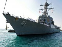 USS Winston S. Churchill destroyeri, Port Sudan'a demir attı