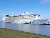 Odyssey of the Seas isimli yolcu gemisi, suya indirildi