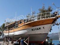 Antalya'da tekneler yeni sezona hazırlanıyor