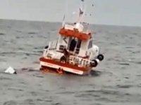Karadeniz'de batan balıkçı teknesindeki 3 kişi kurtarıldı