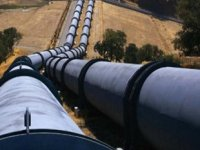 Türkiye'den boru hatlarıyla geçen petrol yüzde 15 azaldı