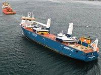 Eemslift Hendrika isimli gemi, Flatholmen Limanı'na çekildi