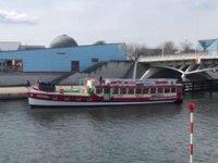 Berlin'de tekne turu operatörleri Kovid-19 tedbirlerini protesto etti