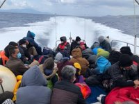 Ayvacık açıklarında 51 düzensiz göçmen kurtarıldı