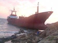 BANU S isimli gemi, Bozcaada'da karaya oturdu