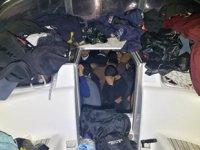 Datça'da yelkenli teknede 114 göçmen yakalandı