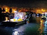 Tekneler karaya oturdu, mahsur kalan 7 kişi kurtarıldı
