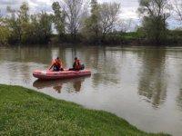 Tunca Nehri'nde balıkçı teknesi kayboldu