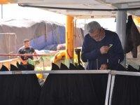 Sinop'ta balıkçılar ağlarını bakıma aldı