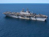 USS Bonhomme Richard isimli havuzlu çıkarma  gemisi söküme gidiyor