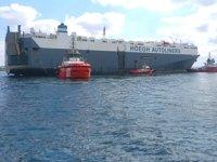 Tuzla'da karaya oturan Hoegh Pusan isimli gemi yüzdürüldü