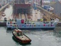 TCG ANADOLU'nun Mekanize Çıkarma Aracı test için suya indirildi