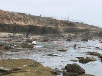 California açıklarında gemi alabora oldu: 2 ölü