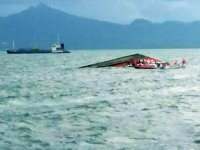 Bangladeş'te tekne ile yük gemisi çatıştı: 26 ölü