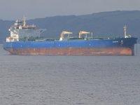 Denize atlayan mürettebatı Sahil Güvenlik ekipleri kurtardı