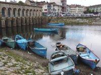 Beyşehir Gölü'nde balıkçılar, av sezonunu kurban keserek açtı