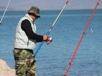 İç sularda getirilen av yasağına olta balıkçılarından itiraz geldi
