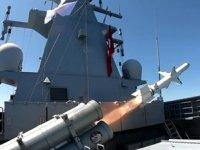 Atmaca Gemisavar Füzesi, ilk kez bir gemi hedefini tam isabetle vurdu