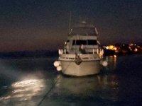 Fethiye'de arızalanan tekne sürüklendi