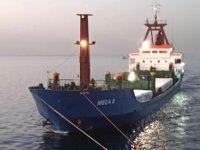 MEGA D isimli gemi, Sivriada açıklarında arızalandı