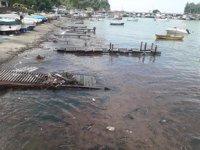 Balıkçı barınağı moloz yığınına döndü