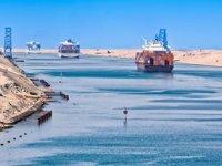 Süveyş Kanalı tarihinin en yüksek gelirini elde etti