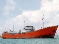 Diya isimli petrol tankeri, Aden'de battı