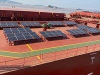 Berge K2 gemisi üzerinde güneş panelleri test ediliyor