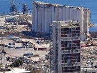 Beyrut Limanı'ndaki enkazlar hala kaldırılmayı bekliyor