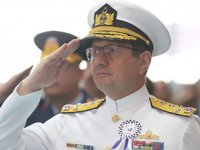 Deniz Kuvvetleri Komutanı Oramiral Adnan Özbal'ın görev süresi 1 yıl uzatıldı