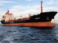Kolin-9 isimli petrol tankeri, Çanakkale Boğazı'nda arızalandı