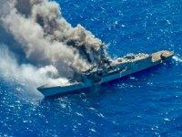 ABD Donanması, Hawaii açıklarında tatbikat gemisi batırdı