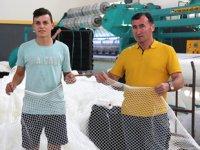 Yüzlerce balon balığını tek seferde yakalayacak özel ağ üretiliyor