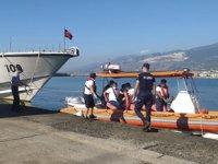 Rahatsızlanan gemi kaptanının yardımına Sahil Güvenlik koştu