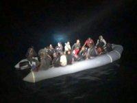 Marmaris açıklarında 32 göçmen kurtarıldı